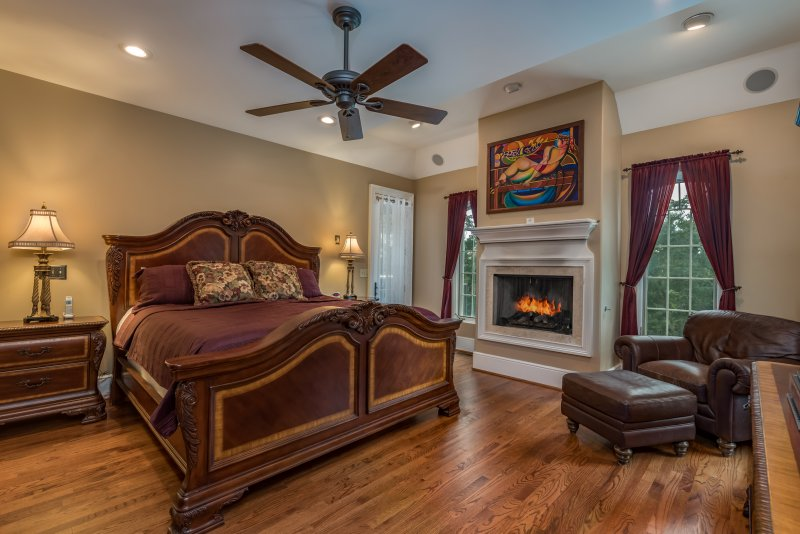 Master-Suite-and-Fireplace