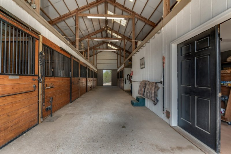 Barn Aisle (Custom)