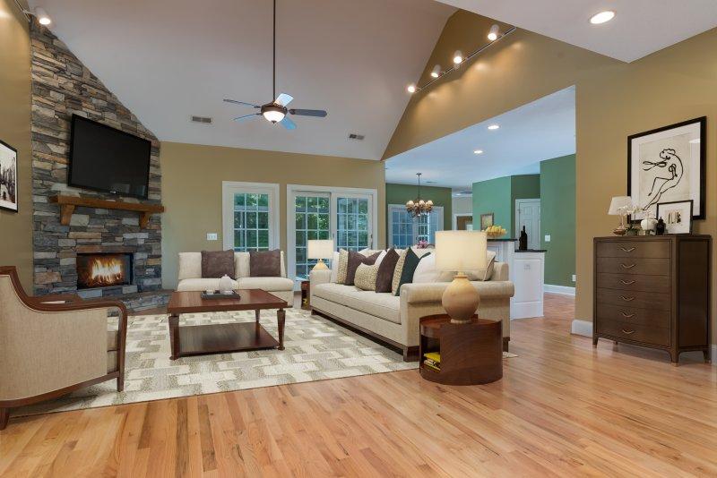 1_Entry-to-Open-Floor-Plan