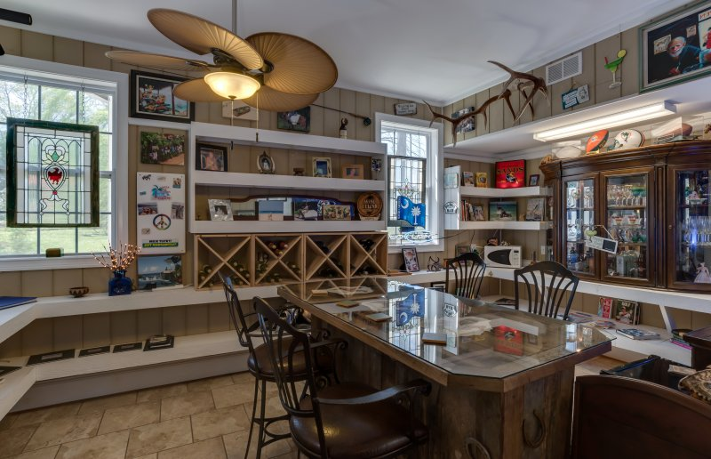 Main Level Bar Area