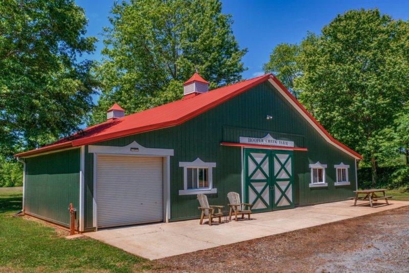 43-Custom-Barn