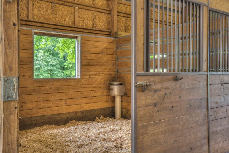 45A-Barn-Stall