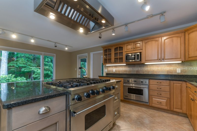 Kitchen-Viking-Appliances