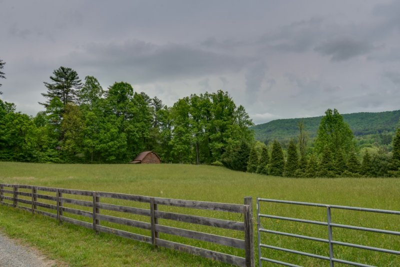 Pasture&Barn (Custom)