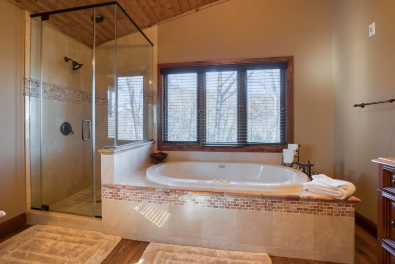 Master-Tub-Shower