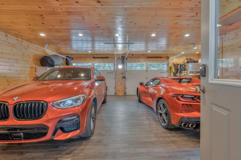 038-Garage