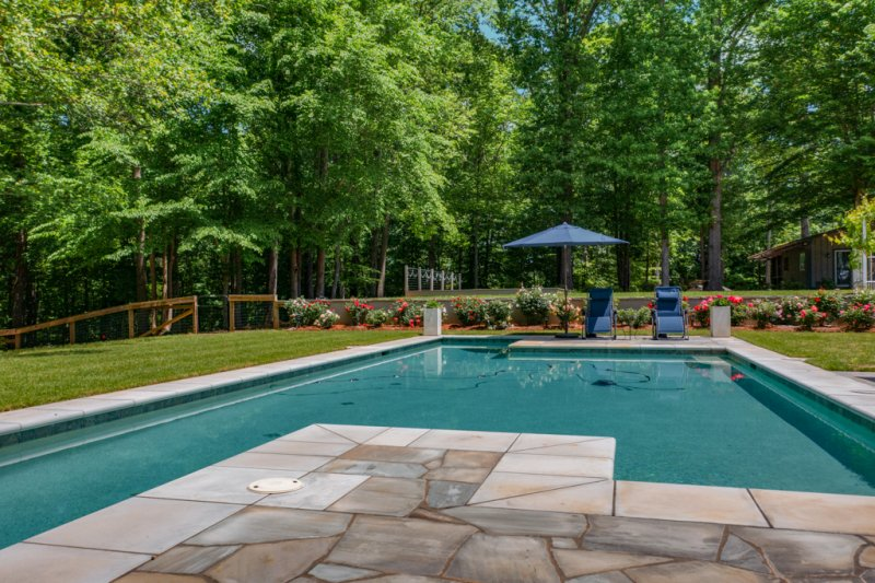 056-Pool-party-deck
