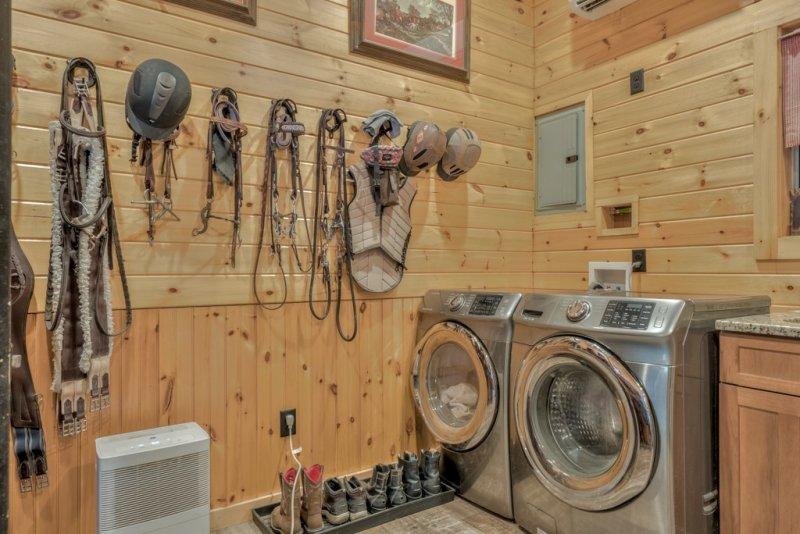 Barn-Tack-Wash-Dryer